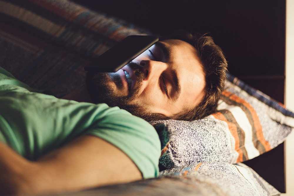 _hero-image-Put-it-Away-Your-Cell-Phone-Or-Digital-Device-Could-Be-Killing-Your-Sleep-Habits.jpg